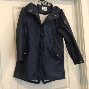 Zara Kids Navy rain coat size 11/12